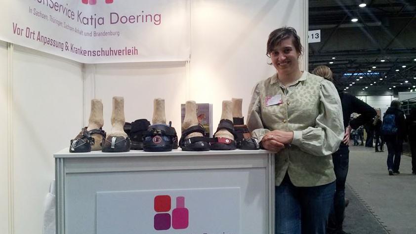 Katja Doering - Huforthopädin und Hufschucoach am Messestand