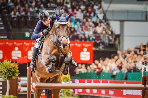 Credo mit Mario Stevens, Platz 2 im Stechen mit 35.75 sec. - Championat von Leipzig am 20.01.2018 auf der Partner Pferd