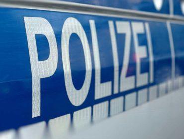 Stuten schwer verletzt. Die Polizei ermittelt.
